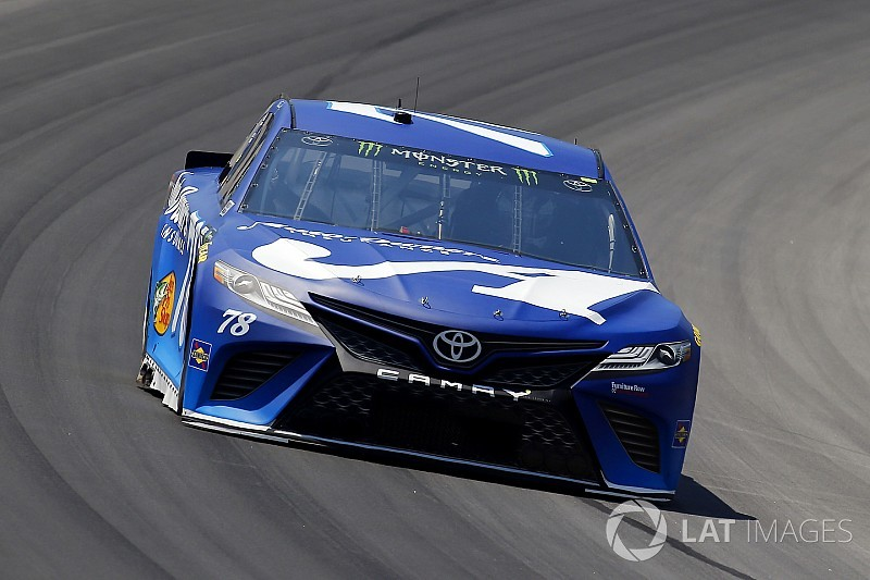Martin Truex Jr. dominates Stage 1 at Kentucky