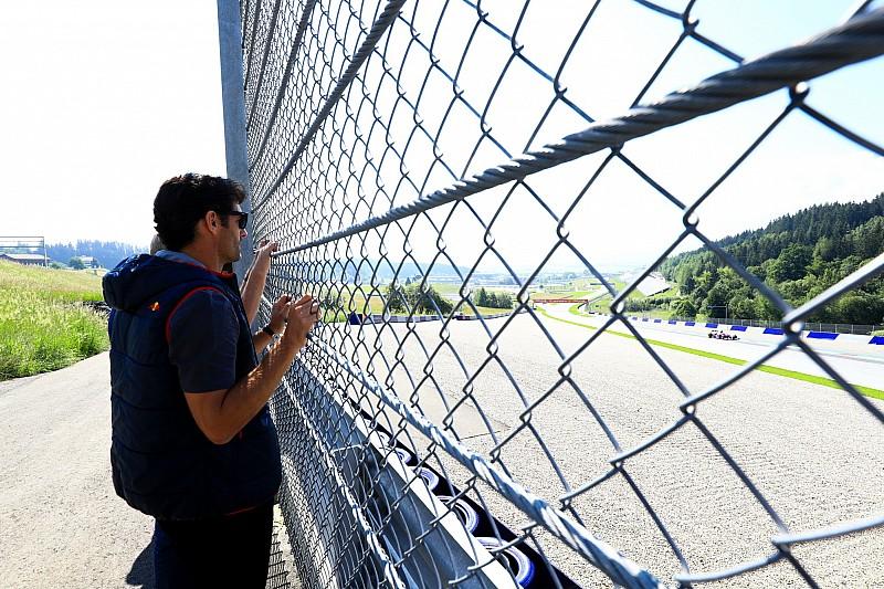 Уэббер предложил еще больше оградить гонщиков Ф1 от болельщиков