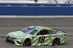 NASCAR Sprint Cup Crónica de entrenamientos Kyle Busch fue el mejor en la práctica final en Fontana