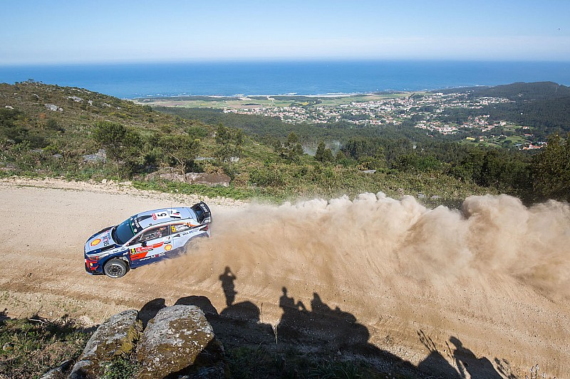 Portugal WRC: Neuville leads amid afternoon shake-up