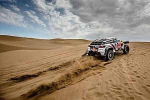 Cross-Country Rally Fotostrecke Bildergalerie: Die schönsten Bilder der Silk-Way-Rallye 2017