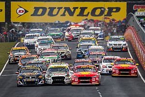 Supercars Race report Bathurst 1000: Stanaway/Waters leading in wet conditions