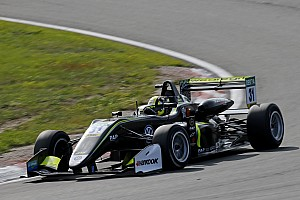 Євро Ф3 Репортаж з гонки Євро Ф3 на Нюрбургринзі: Норріс виграв третю гонку