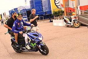 Rossi y los rumores sobre su lesión: