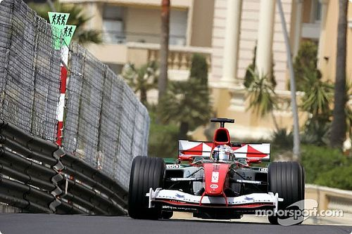 Webber lerántotta a leplet a Jaguar 2004-es gyémánt-sztorijáról