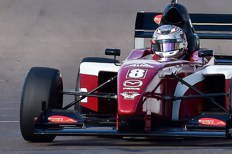 St Pete Pro Mazda: Martin holds off Franzoni for victory
