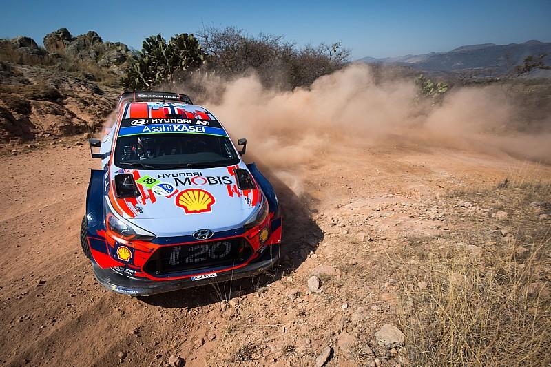 Meksika WRC: Mikkelsen lider, Neuville lastik patlattı