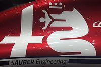 Alfa Romeo: oggi di Racing c'è solo un adesivo