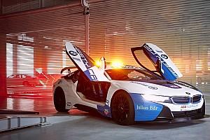 Új ruhába bújtatták a Formula E biztonsági autóját