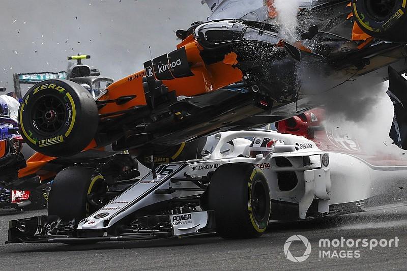 Verstappen : Même sans le Halo, Leclerc n'aurait pas été touché