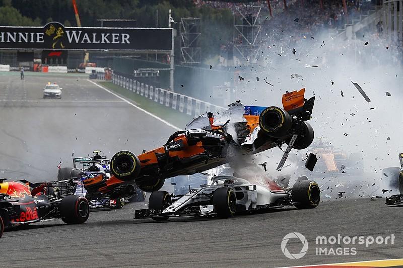 GALERI: Insiden kecelakaan tikungan pertama GP Belgia