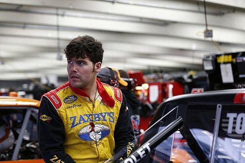 Ex-piloto da NASCAR é encontrado morto após tiroteio nos EUA