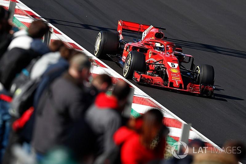 Vettel detona recorde e lidera manhã em Barcelona