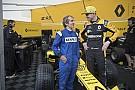 Formule 1 Vidéo - Prost et Hülkenberg font le show à Nice avec Renault F1