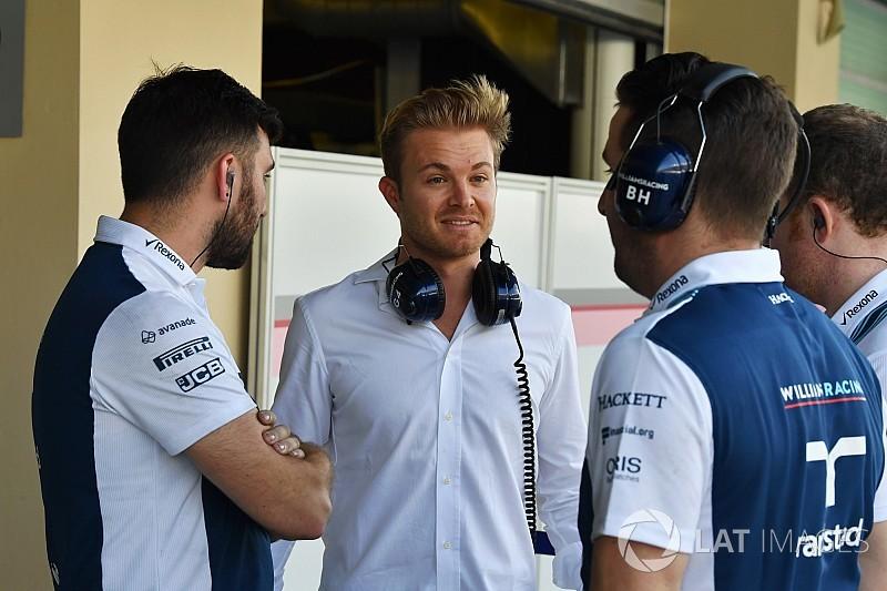 Rosberg gokartozás közben kikapott egy 9 éves kislánytól