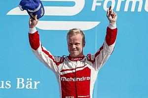 Rosenqvist realizará prueba con Ganassi en auto de IndyCar