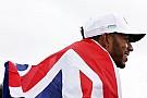 Clasifican a Hamilton entre los deportistas con mejor estilo