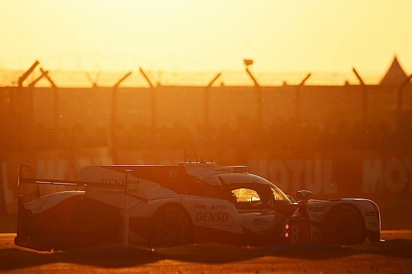 Le Mans 24h: Toyota's chances take a hit as night falls
