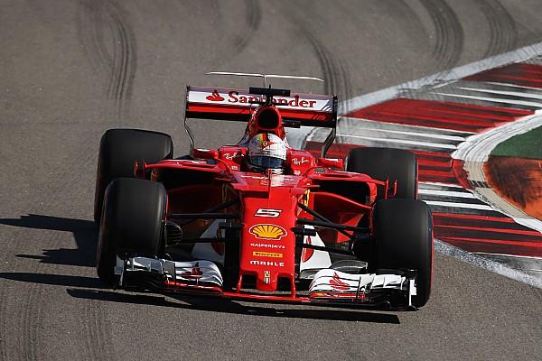 Формула 1 Реакція Феттель цікавився темпом суперників під час фінальної спроби