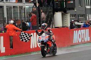 Course - 24 héros sous la pluie, Dovizioso vainqueur, 1er podium KTM !