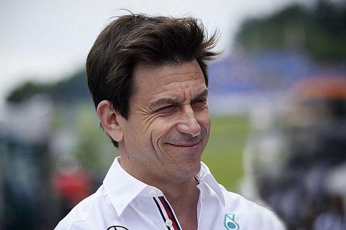 "Rosberg: Wolff miatt a Red Bull tűnik a ""rosszfiúnak"""