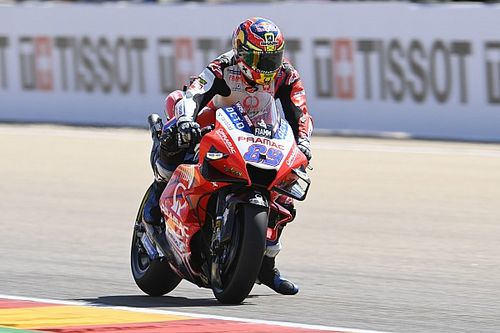 Martín prend conseil auprès de Lorenzo pour piloter la Ducati