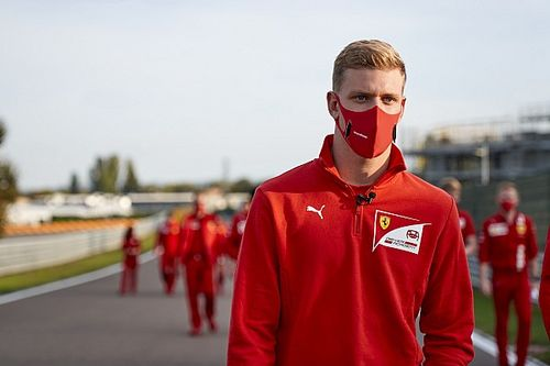 """Schumacher, """"listo"""" para debutar en Abu Dhabi si es necesario"""