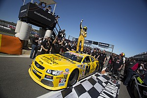 NASCAR Euro Gara ELITE 1: una vittoria a testa per Kumpen e Day a Valencia