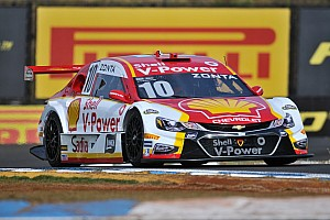 Stock Car Brasil Últimas notícias Zonta larga em 16º e vence corrida 2 de Londrina