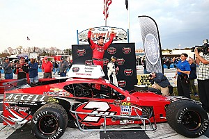 NASCAR Breaking news Jon McKennedy takes lead late to win Whelen Modified Tour opener
