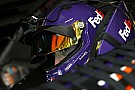Denny Hamlin takes Stage 2 win in one-lap shootout at Kansas