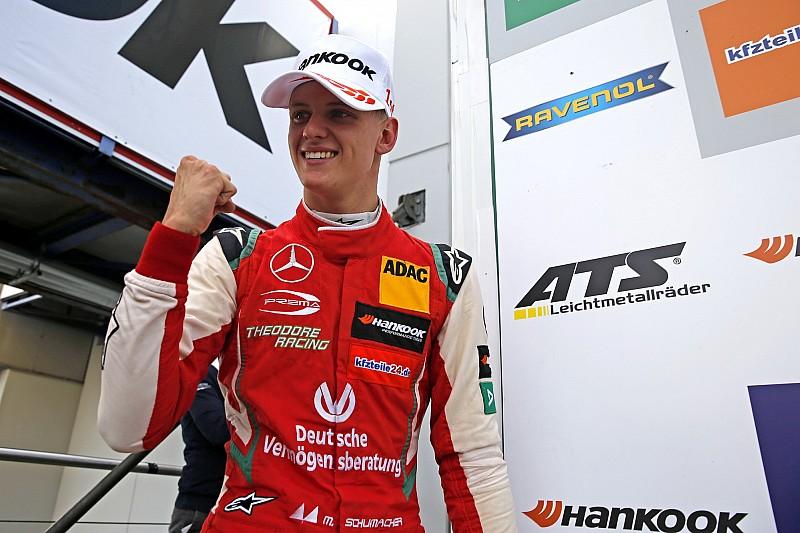 """Arrivabene: """"Deur bij Ferrari altijd open voor Mick Schumacher"""""""