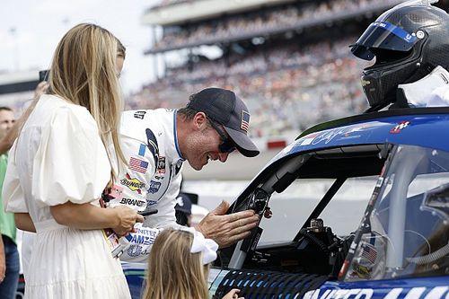Dale Earnhardt Jr. to run 2022 Martinsville Xfinity Series race