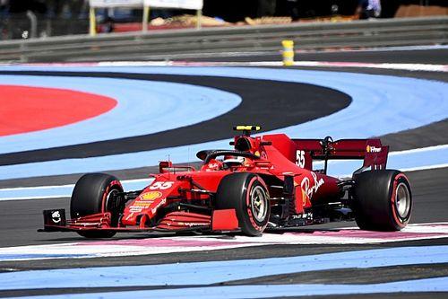"""Sainz: """"Pirelli, eski F1 lastik tedarikçilerine göre daha zor görevlere sahip"""""""