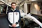 Rowland, Barcelona testinde Williams aracını test edeceği için mutlu