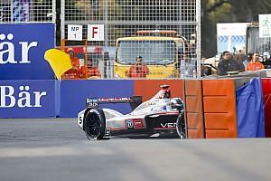 Формула E Топ список Відео: найкращі аварії і моменти гонки Формули Е в Сантьяго