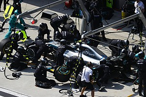 Mercedes: pit stop record nell'undercut di Bottas in Cina