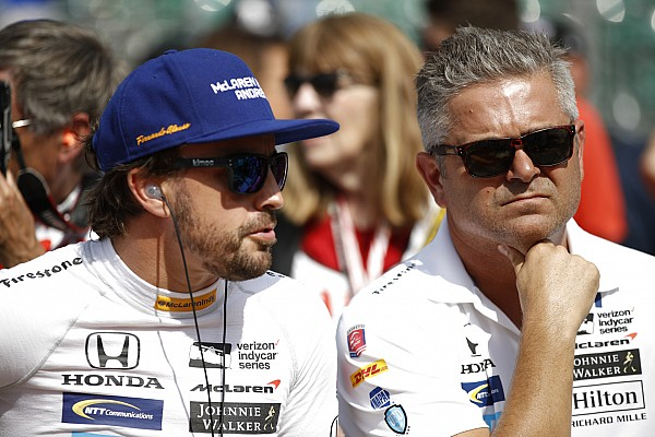 IndyCar Breaking news De Ferran rejoins McLaren amid IndyCar project