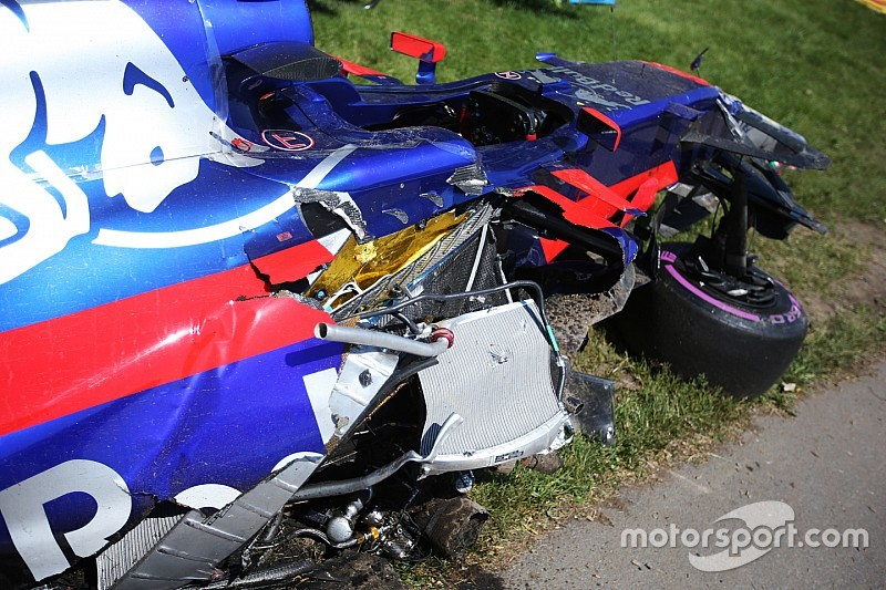 """Haas: """"Lo de los retrovisores pequeños es una mala excusa de Sainz"""""""