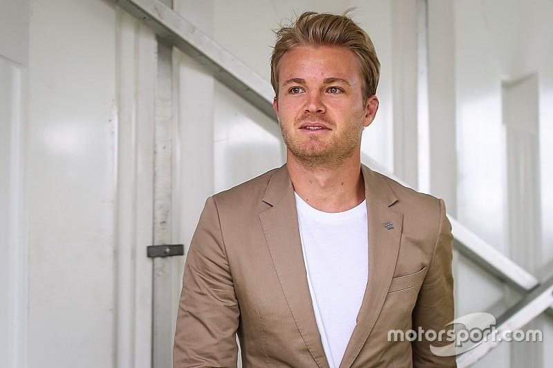 Rosberg okul hayatına geri dönüyor