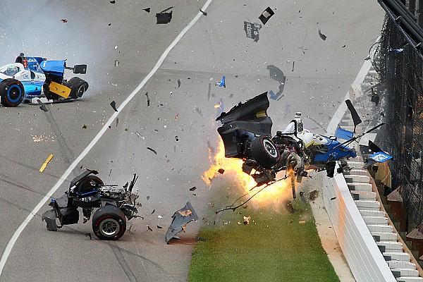 IndyCar Fotostrecke Fotostrecke: Der Horrorcrash von Scott Dixon beim Indy 500 2017