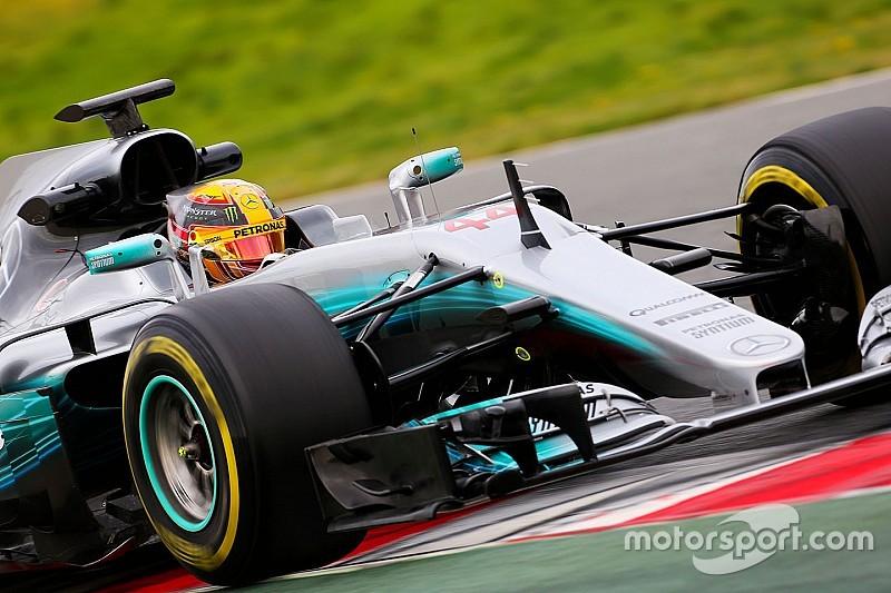 Hamilton, el más rápido de nuevo mientras siguen las dificultades para McLaren