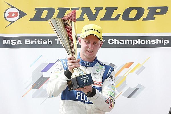 BTCC Snetterton BTCC: Sutton beats Goff after Turkington spins
