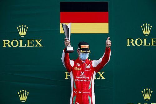 Veszélyben Schumacher győzelme?