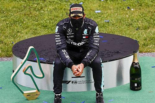 """Hamilton explica virada no fim de semana: """"Busquei a perfeição da melhor maneira que pude"""""""