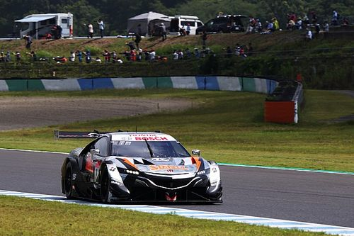 Super GT Motegi: Yamamoto holds off Miyata to win for Honda