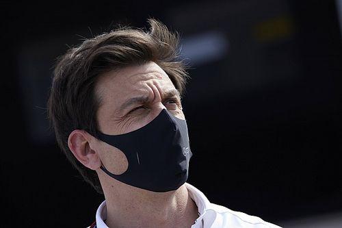 Wolff: A focis fiaskó jobb fényben tűnteti fel a Forma–1-et