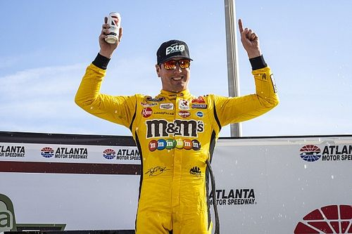 Kyle Busch wins Atlanta Xfinity race after contact with teammate