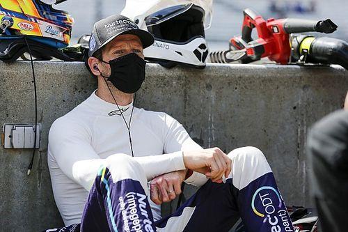 Грожан не смог конвертировать первый поул в IndyCar в победу. Дважды столкнулся с Сато и финишировал 2-м