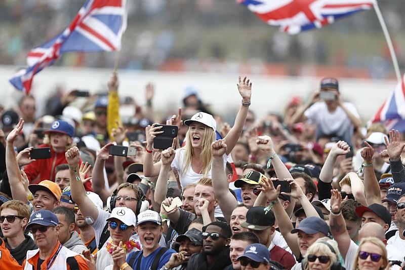 «Дорогая Ф1, Англия нечасто добирается до 1/4 финала». Формуле 1 предложили перенести квалификацию из-за футбола